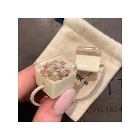 Резинка для волос Louis Vuitton Cube